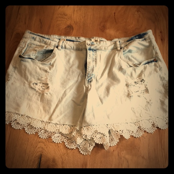 Dollhouse Pants - Dollhouse distressed denim shorts with lace detail